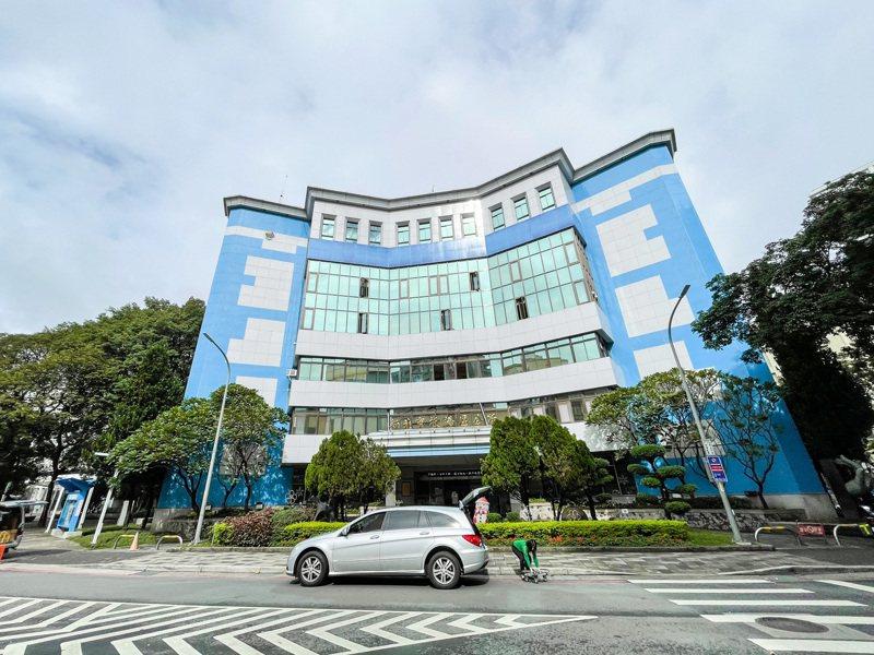新北市長侯友宜欲改造板橋區公所、新北市警察局2棟建築物,盼府中成為年輕人喜愛的地方。記者王敏旭/攝影