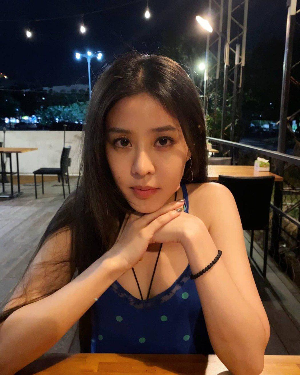Erika(劉艾立)是蕭敬騰的師妹,如今結束合作關係。圖/摘自臉書