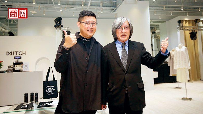 網家董事長詹宏志(右)和執行長蔡凱文(左)為覓去實體店開幕站台,開啟跨足垂直電商起點。(攝影者.駱裕隆)
