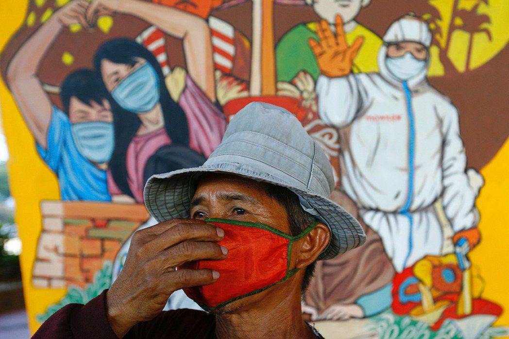 截至12月10日,印尼的新冠肺炎病例數已達59.3萬。 圖/路透社