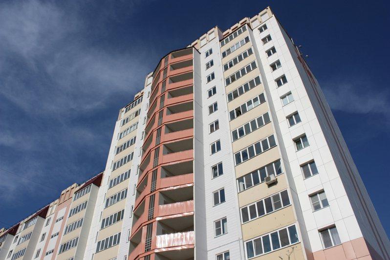 一名網友好奇,地震時「住在幾樓以上不用逃?」貼文引起網友熱議。圖為示意圖。圖片來源/ingimage