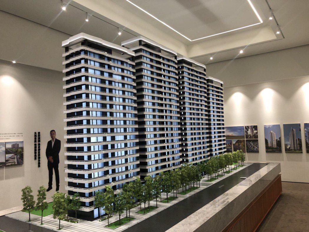 「萬企大業」基地達1439坪,是北市今年最大量體的都更案。(圖/張瑞傑攝)