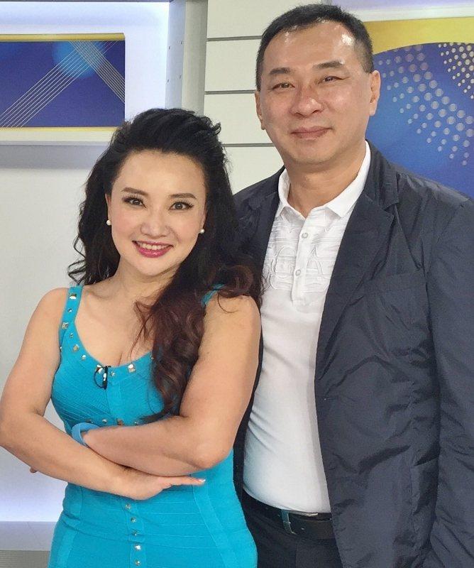 吳馥瑜與韓籍老公一起經營「美麗事業」,關注樂齡、樂活議題。 圖/吳馥瑜提供