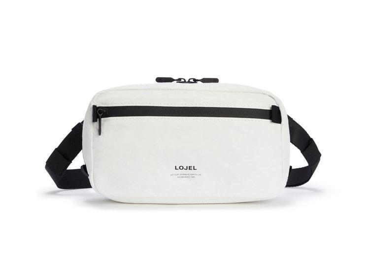 LOJEL Slash系列隨身腰包2,080元。圖/LOJEL提供