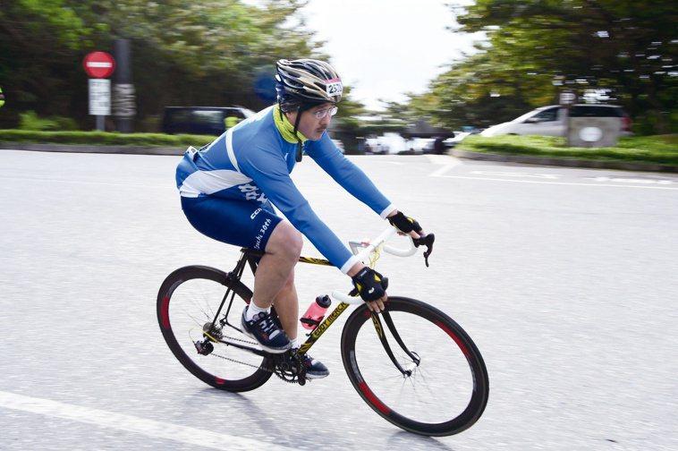 林冠宏是自行車愛好者,身體力行遠離失智症。圖╱林冠宏提供