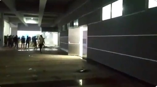 纬创印度南部厂房去年12月12日爆发工人砸厂事件。图/翻摄自twitter(photo:UDN)