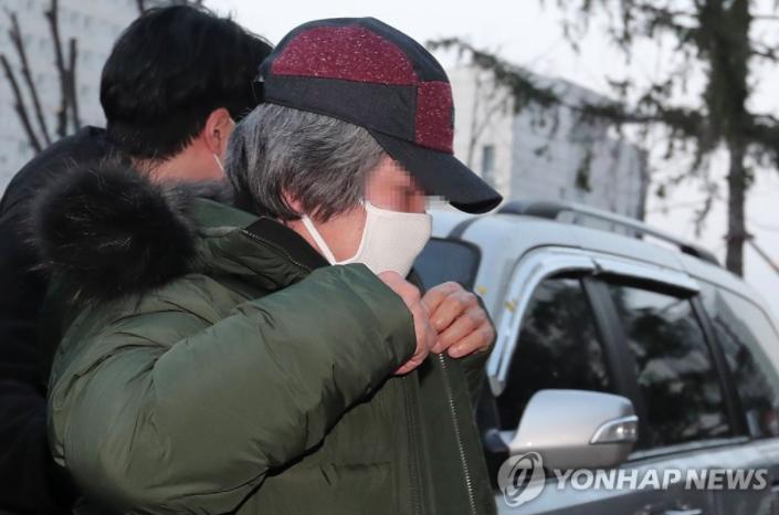 南韓性侵犯趙斗淳今早出獄。截自韓聯社