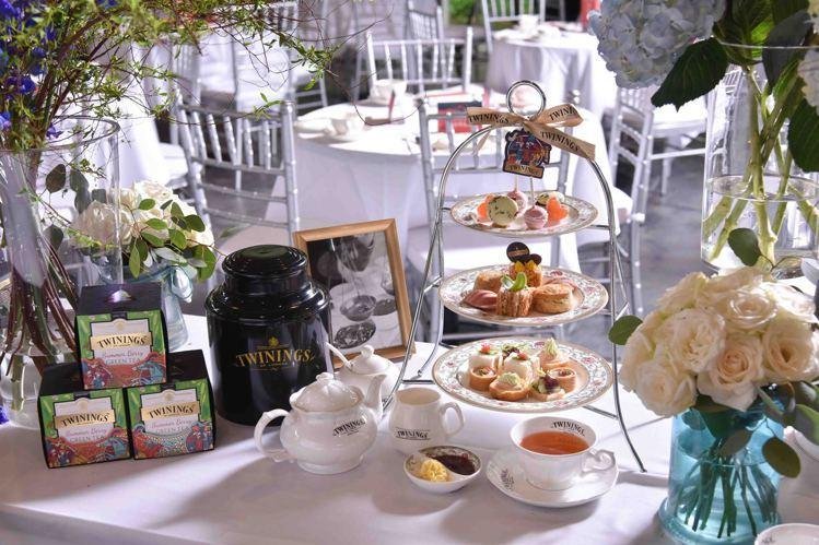 圓山大飯店首次嘗試將西洋茶TWININGS唐寧茶結合下午茶點,創新研發出各式鹹點...