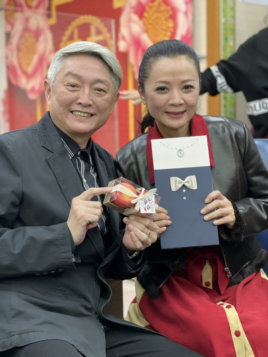 李國超(左)、高欣欣情牽20年終成眷屬。圖/民視提供