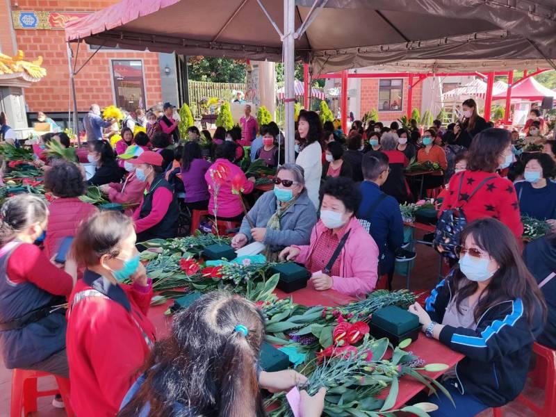 台中市農業局輔導后里區農會,今天舉辦推廣后里在地農產品活動。圖/台中市農業局提供