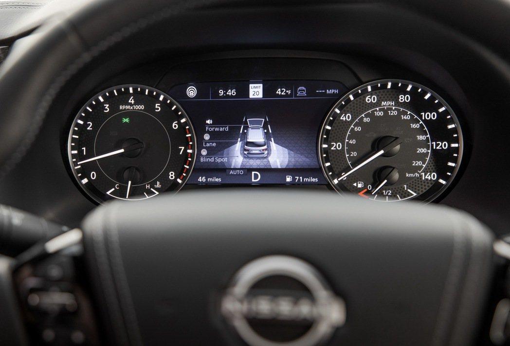 儀錶板加入了7吋液晶行車資訊幕。 圖/Nissan提供