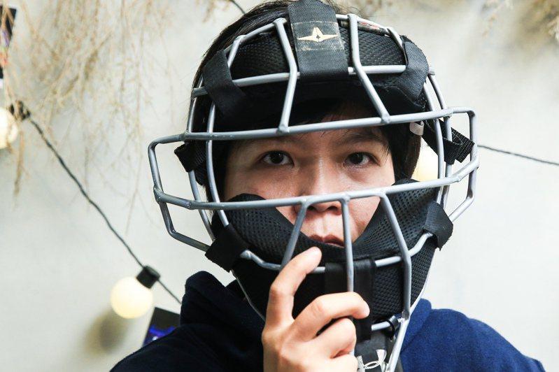 知名影集通靈少女的原型劉柏君,是台灣第一位棒球女裁判。圖/聯合報系資料照片