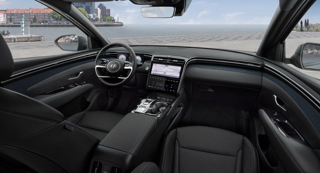 全新Hyundai Tucson Plug-in Hybrid內裝將配置雙10....