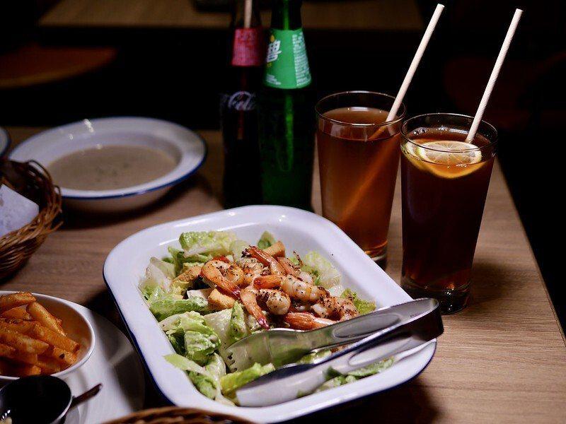 開胃菜,碳烤鮮蝦凱薩沙拉