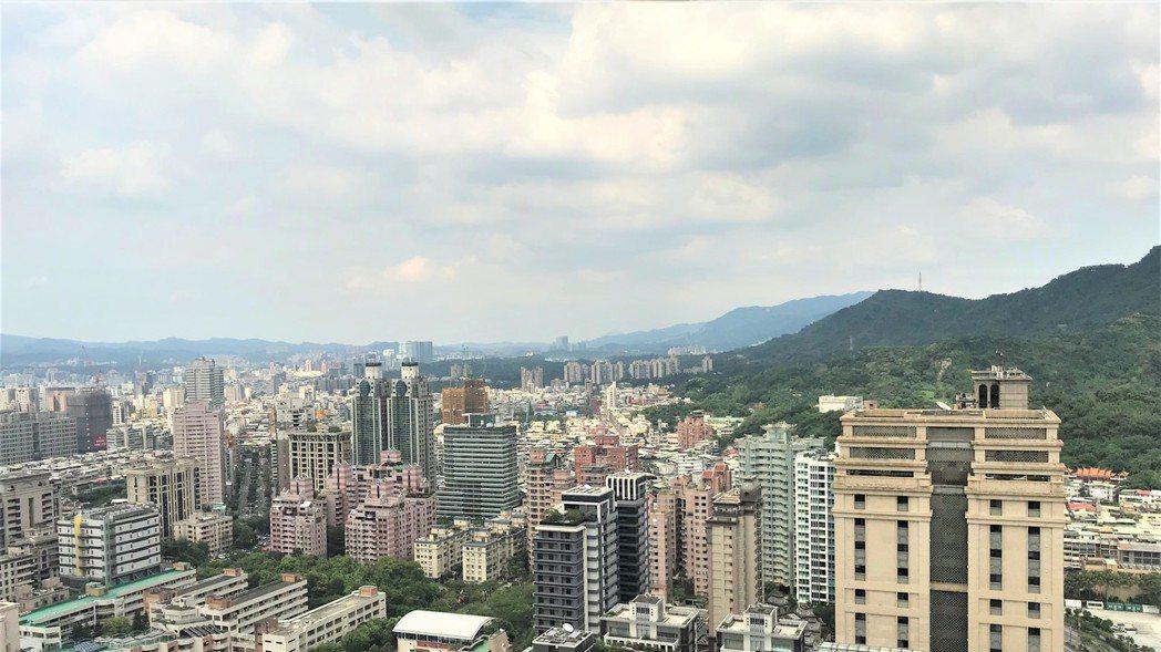 自2009年統計以來,空屋率首度降至10%以下。房市示意圖。 記者游智文/攝影