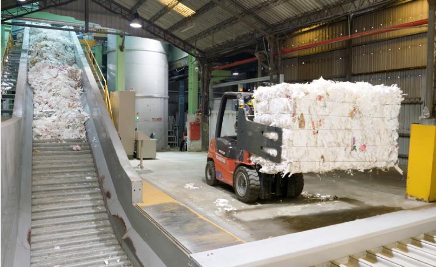 正隆每月再生廢紙容器,落實資源循環再利用。圖/正隆提供