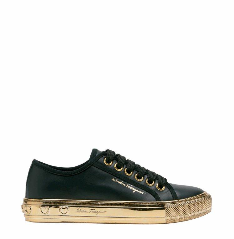 TULLY黑金雙色牛皮休閒鞋,28,500元。圖/Salvatore Ferra...