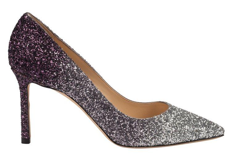 漸層亮片高跟鞋,28,800元。圖/Jimmy Choo提供
