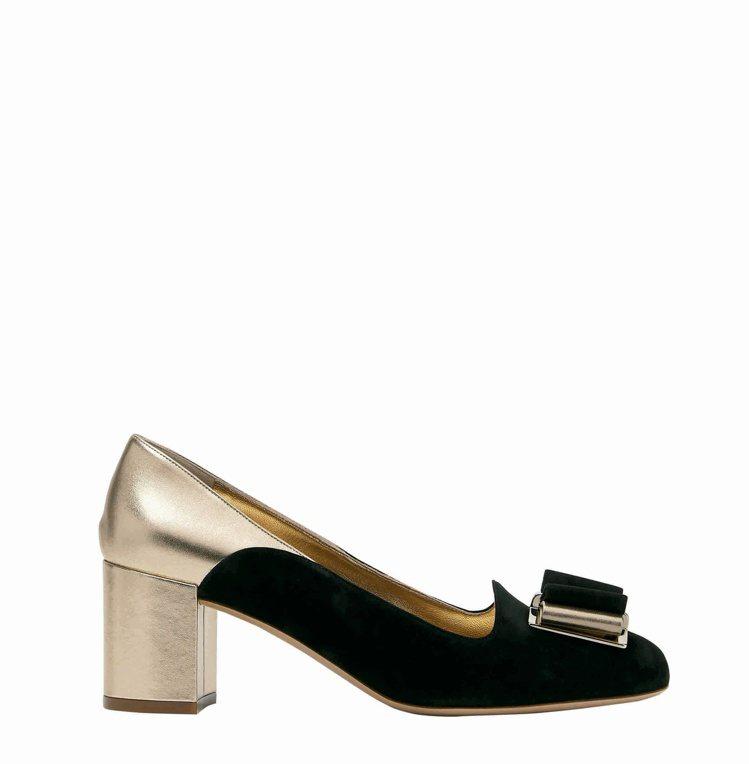 HAUSEN黑金雙色異材質拼接高跟鞋,25,900元。圖/Salvatore F...