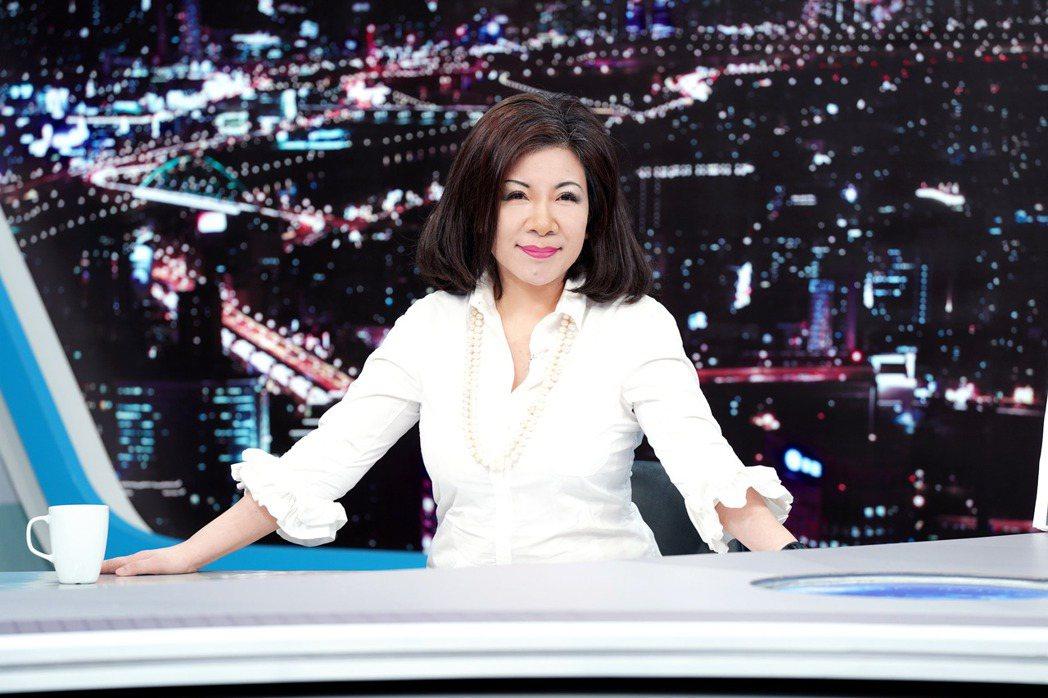 陳文茜轉移陣地到TVBS主持TVBS文茜的世界周報」、「TVBS文茜的世界財經周