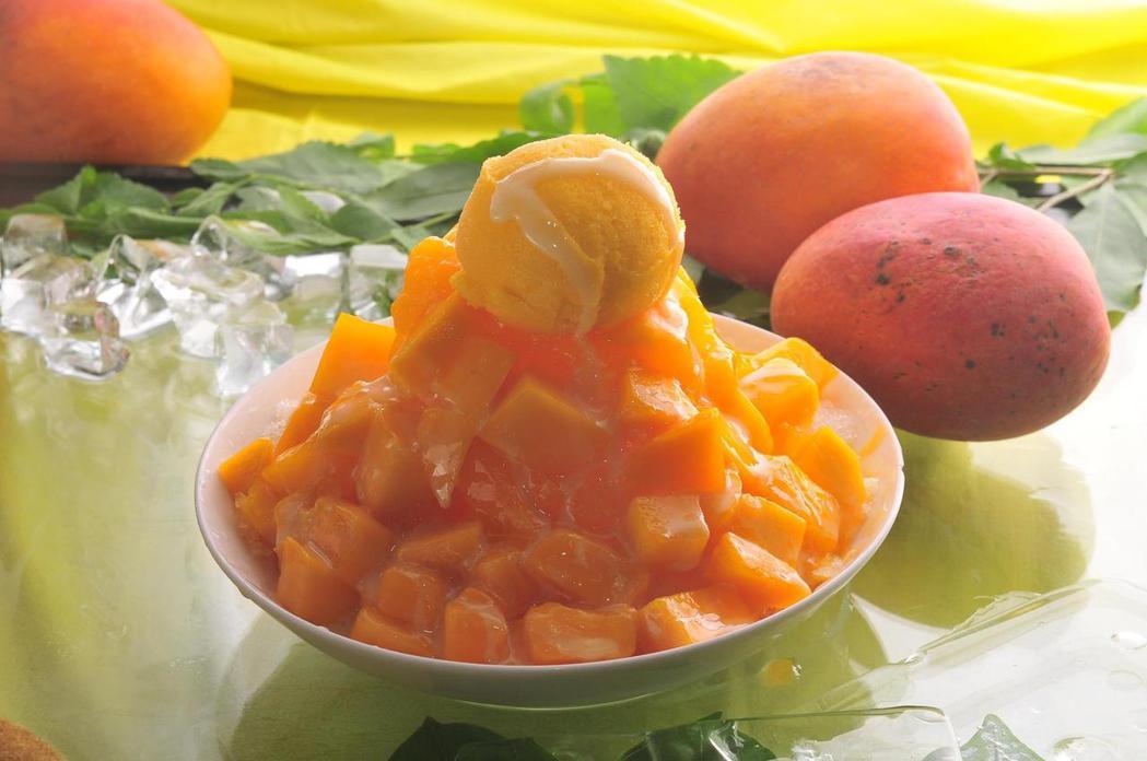 「芒果皇帝」店內提供有芒果冰等多種甜品。圖/取自芒果皇帝粉絲頁