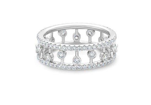 DE BEERS Dewdrop 18K白金鑽石戒指,14萬6,000元。圖/D...