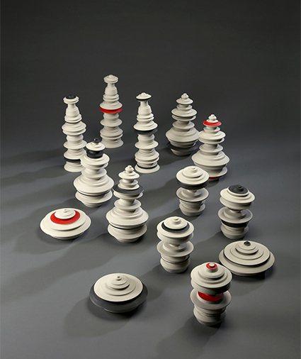 波蘭Michal Gdak《模景/極簡》,落的陶瓷塔,如同來自未來的摩天大廈。 ...