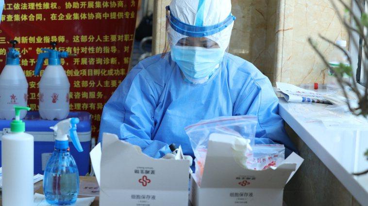 巴西國家衛生監督局今天表示,中國衛生當局授權緊急使用新冠疫苗的程序不透明。 新華...