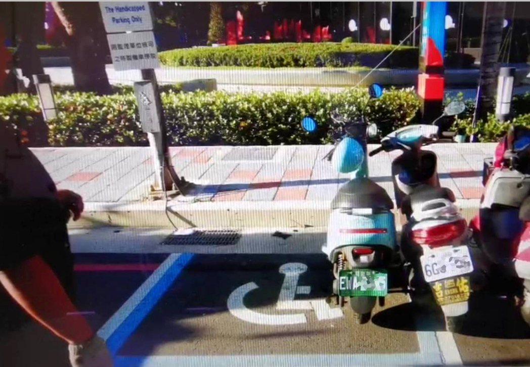 桃園市goshare共享機車「狗狗肉」機車違規亂停車(見圖),警方拖吊到保管場集...