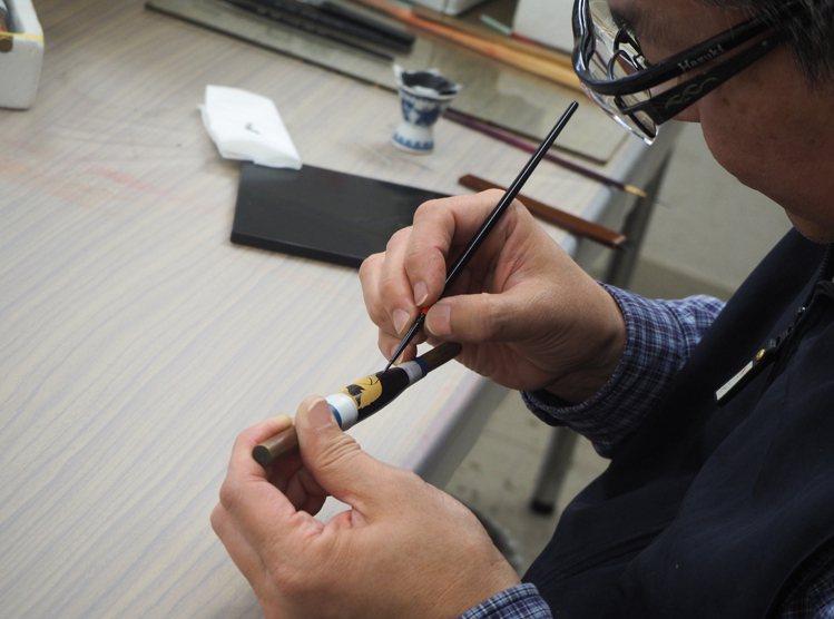 「大師傑作系列向京都頂級工藝致敬之書法蒔繪限量款88」結合日本傳統漆藝工法「蒔繪...