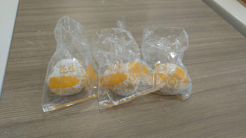 消費者僅購買3顆花生麻糬,曾記麻糬門市實習生錯開4000054元的發票。記者張議晨/攝影