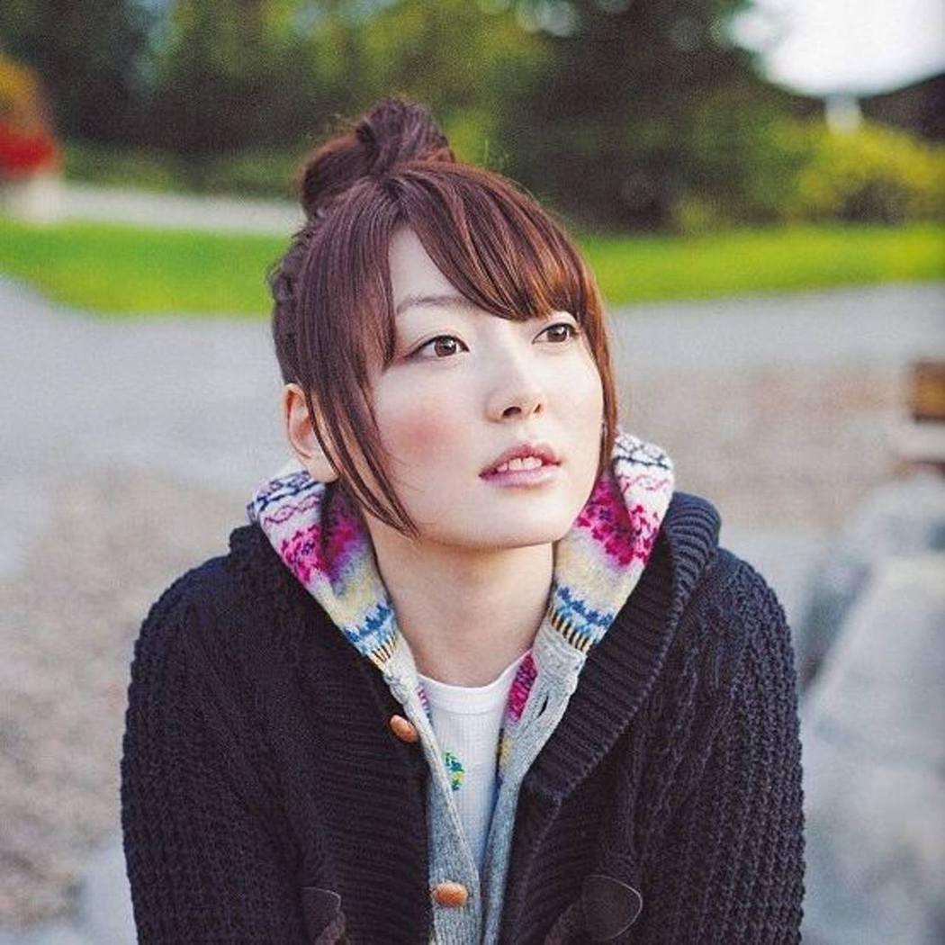 知名聲優花澤香菜為「戀柱」甘露寺蜜璃配音。圖/摘自IG