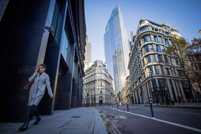 英国裁员人数再创新高,图为11月10日伦敦金融城内一处空荡荡的街头。法新社(photo:UDN)