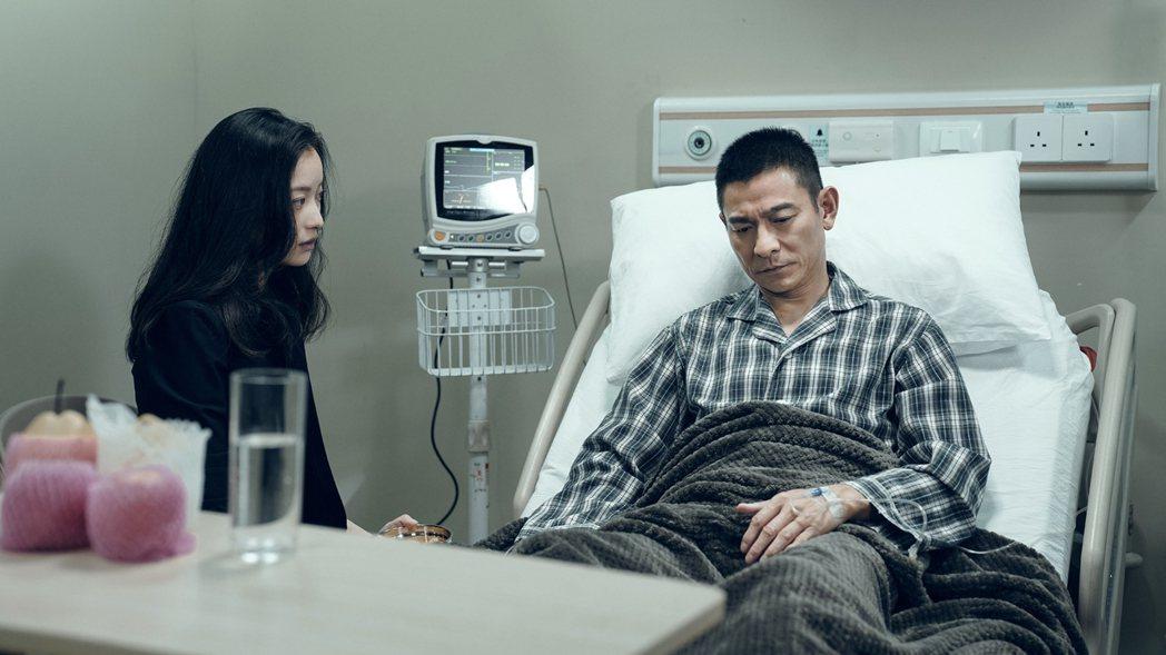 「拆彈專家2」提前於跨年檔期12月31日上映。圖/華映提供