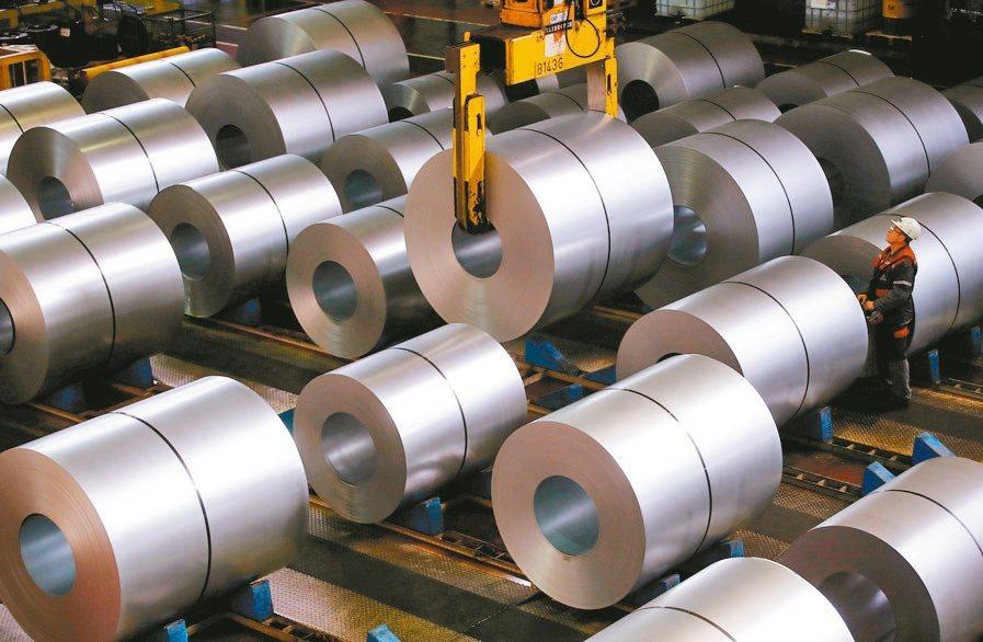 國際鋼市好轉,美國鋼鐵業的訂單也激增。(路透)