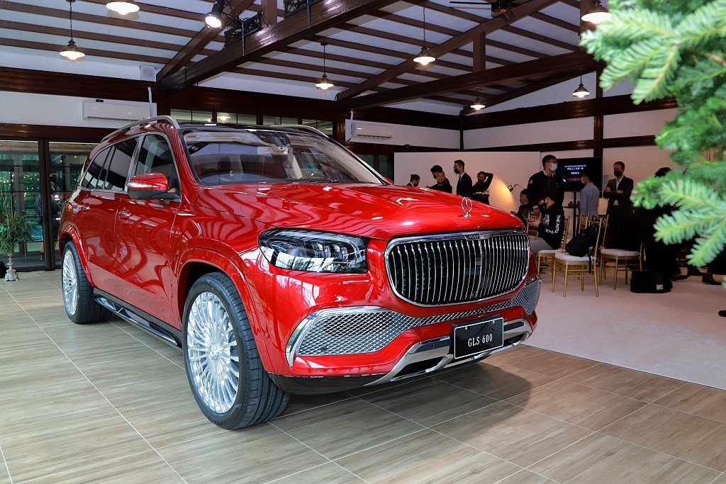 Mercedes-Maybach GLS 600 4MATIC在台建議售價為99...