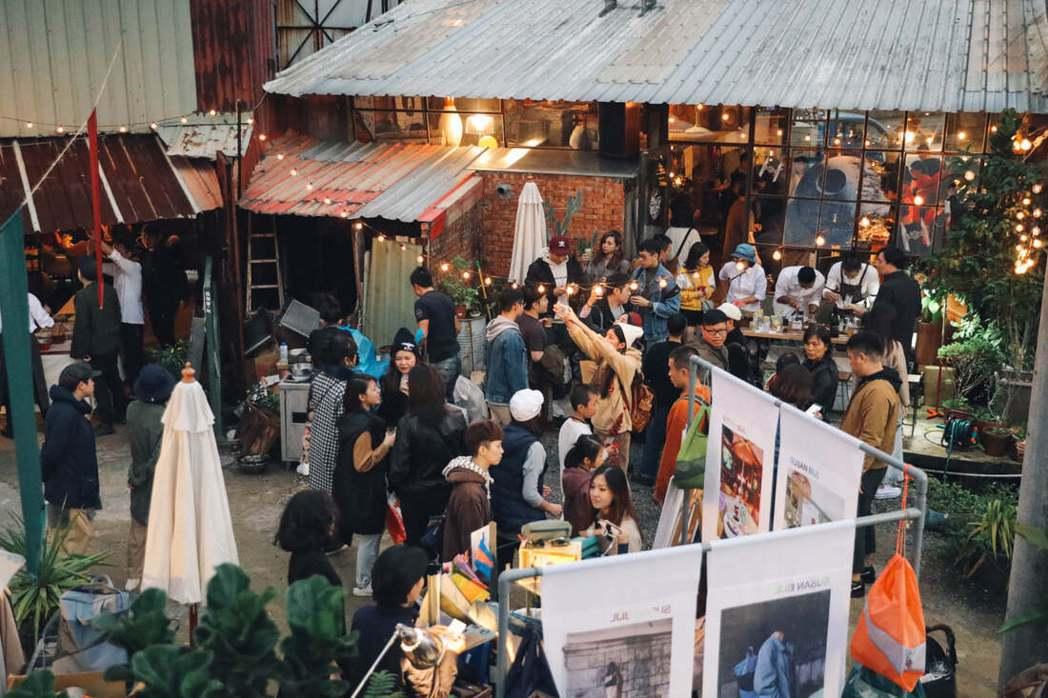 Ruins Xmas Festival河邊耶誕節集結多元飲食類型、風格手作工藝、...