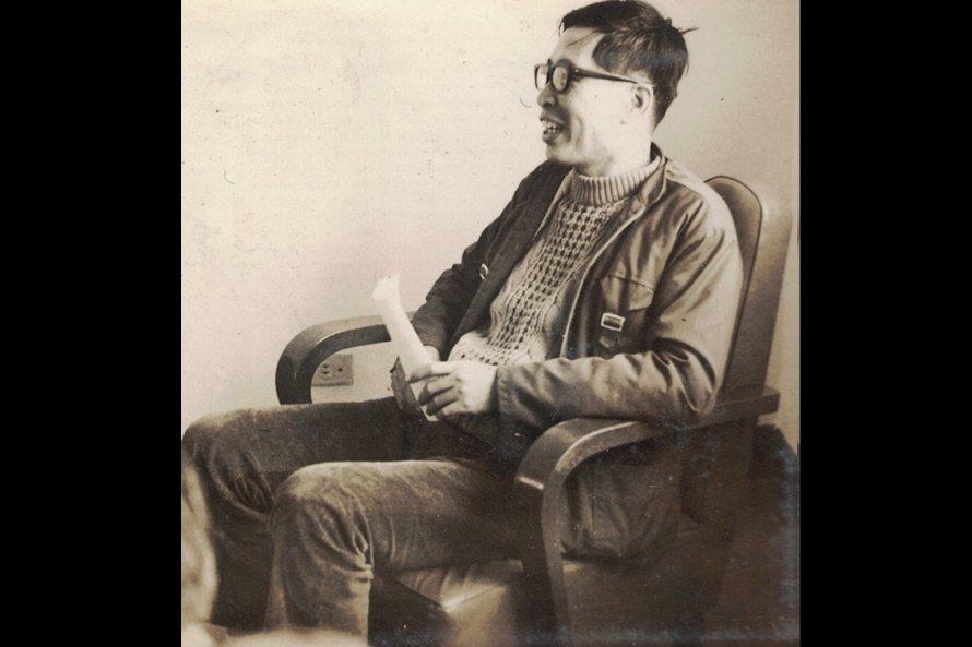 李哲洋不僅是台灣早期大量譯介古典音樂書籍刊物的重要推手,更是參與1960年代民歌採集運動的第一波先行者。 圖/李立劭提供