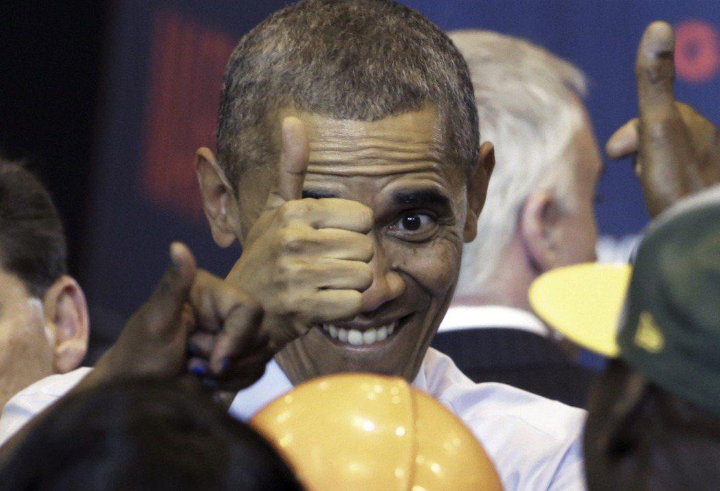 歐巴馬暌違多年的重磅回憶錄《應許之地》在美國賣破紀錄,在台灣的銷售表現如何?當意...