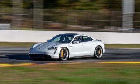 Porsche Taycan Turbo S再發威!破Road Atlanta賽道紀錄