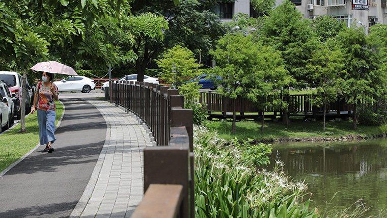 綠意盎然充滿芬多精具有綠帶休閒環境特色的區域也成為新一波住宅首選。 業者/提供