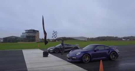 影/保時捷911 Turbo真的是超跑殺手?McLaren 720S來試試!