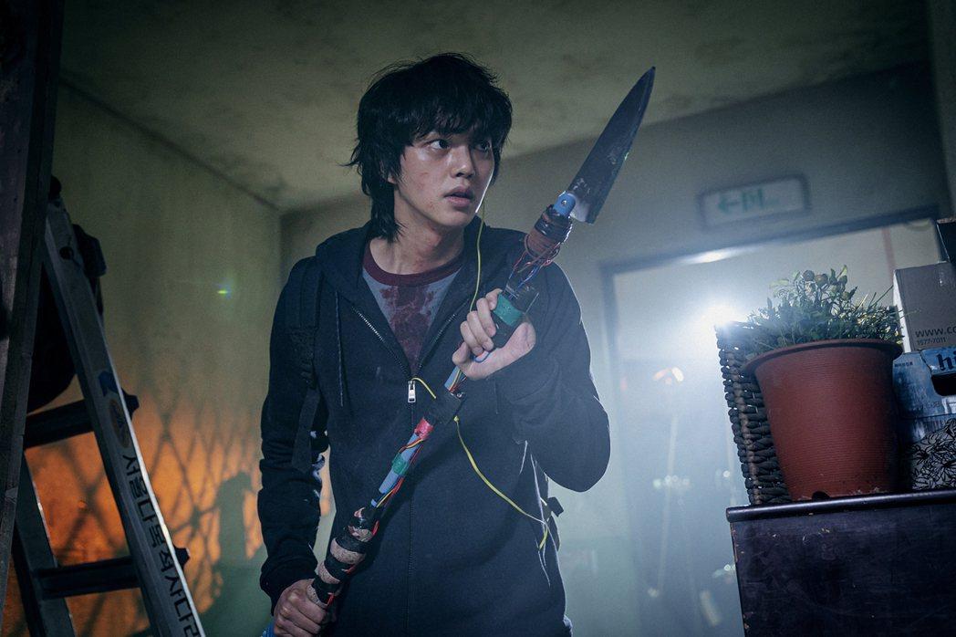 宋江「Sweet Home」裡飾演男主角車賢秀。圖/Netflix提供