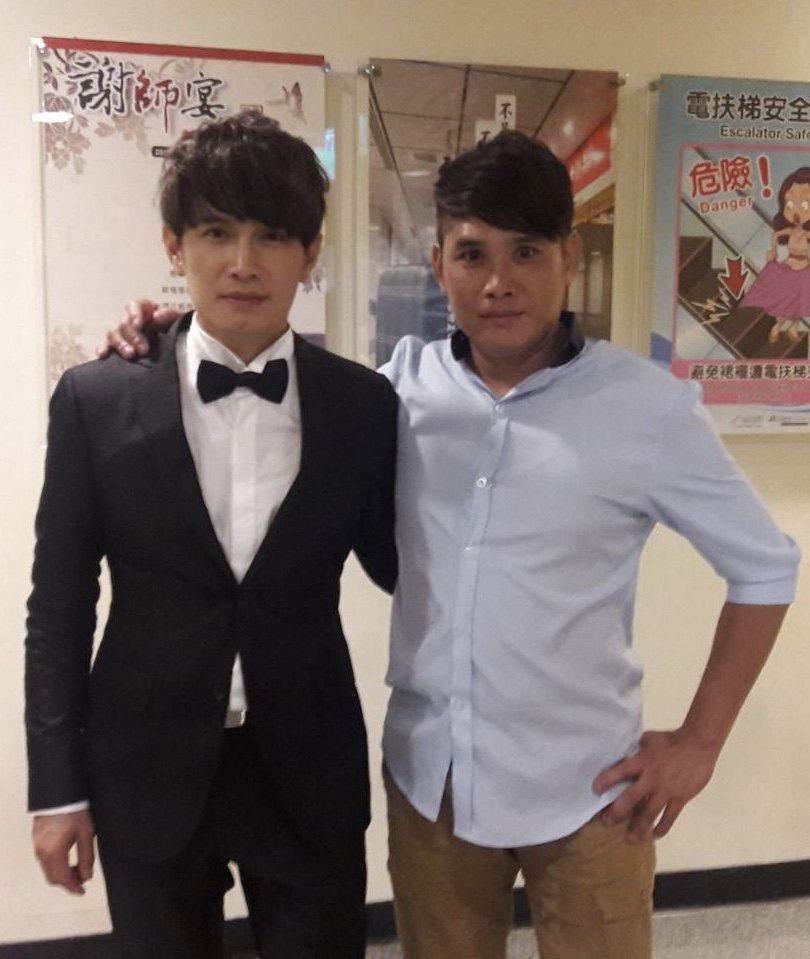 羅文裕(左)與哥哥交情甚篤,卻無奈天人永隔。圖/大賞門文化提供