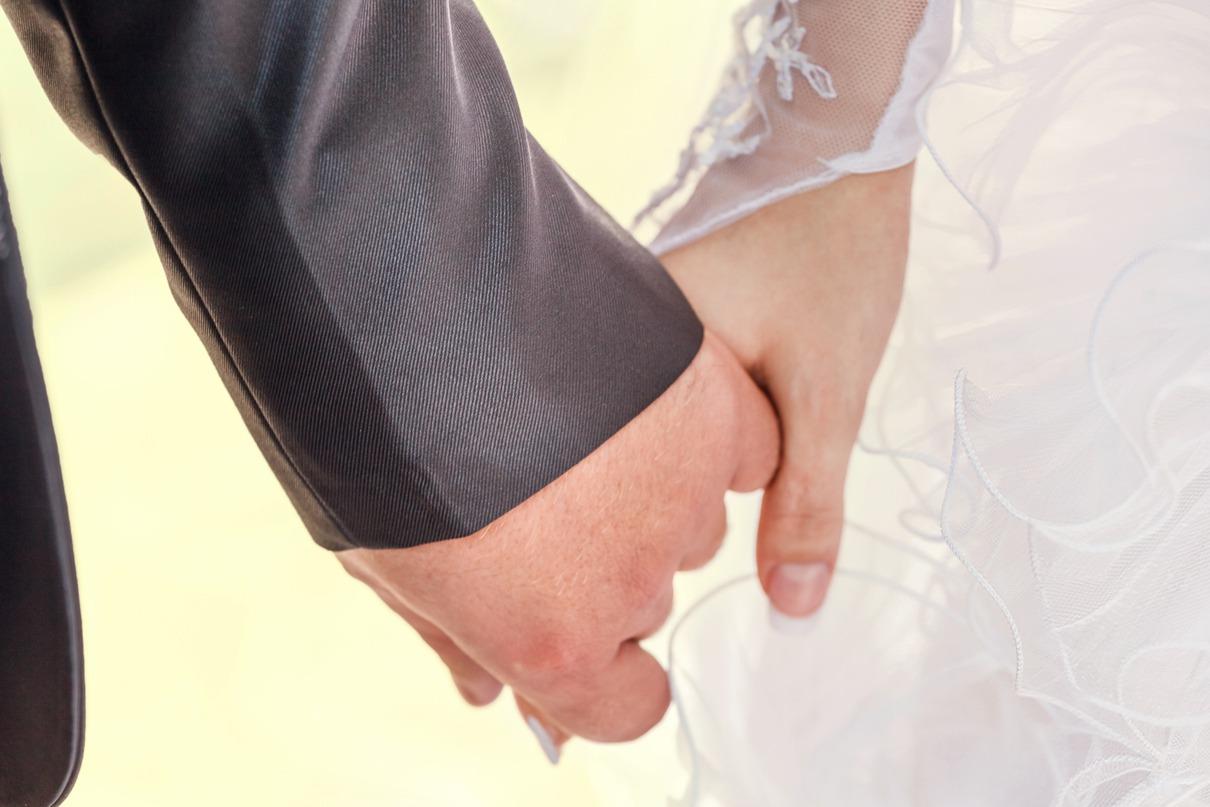 行員37天內結婚4次請32天婚假 銀行不准假遭罰