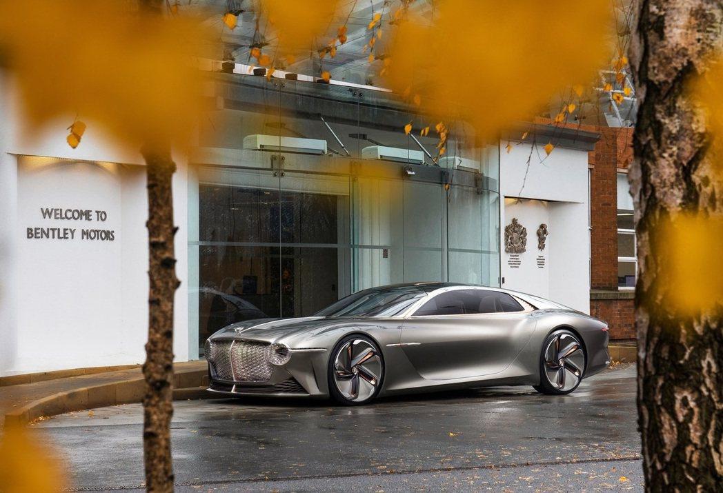 Bentley EXP 100 GT Concept。 摘自Bentley