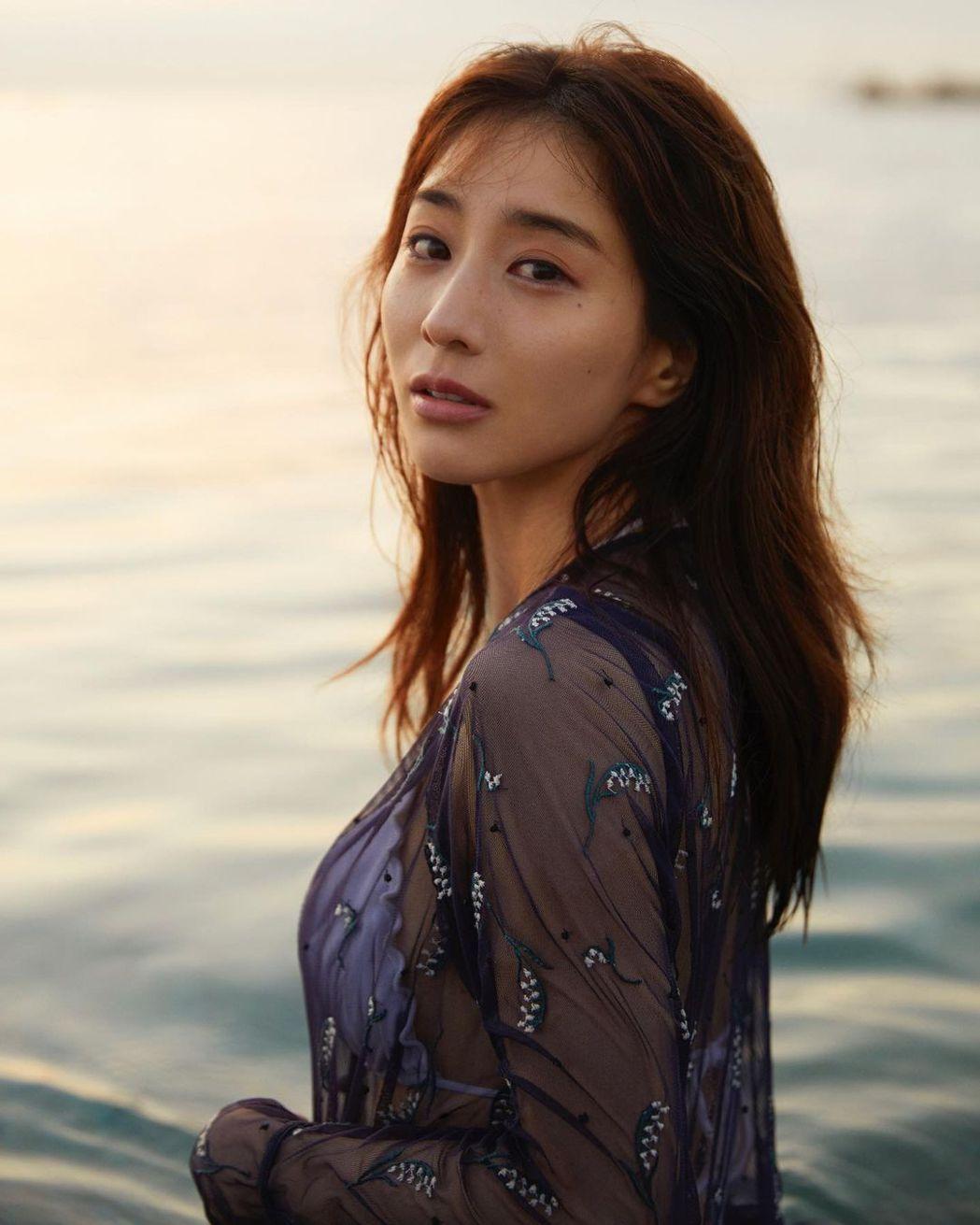田中美奈實獲得日本雜誌票選2020年最美臉孔冠軍。圖/擷自instagram。