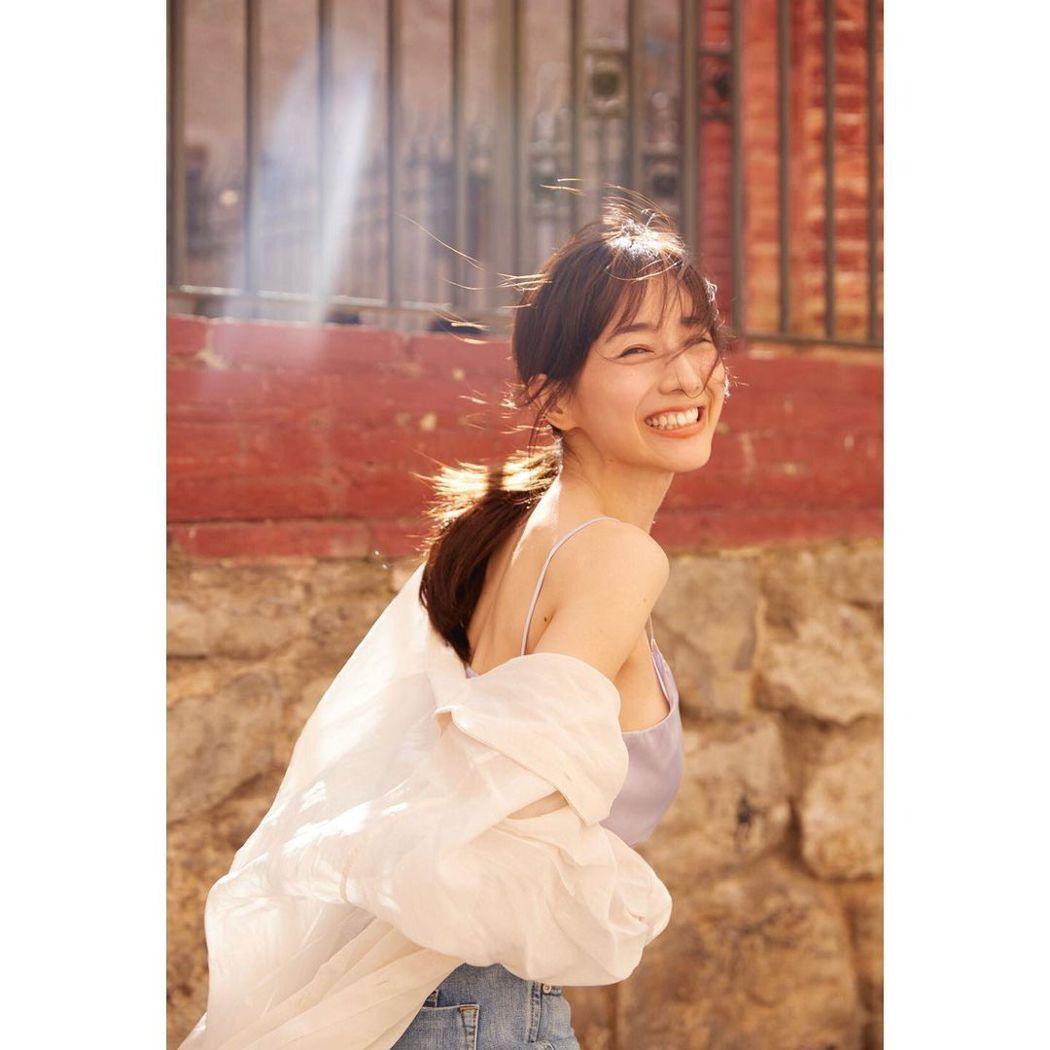 田中美奈實獲得日本雜誌票選2020年最美臉孔冠軍。圖/擷自IG