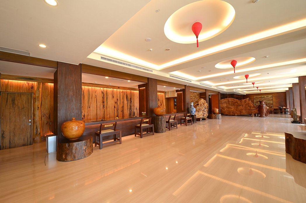 宜蘭礁溪的山多利大飯店,是以日式禪風為設計風格的休閒渡假飯店。礁溪山多利大飯店/...
