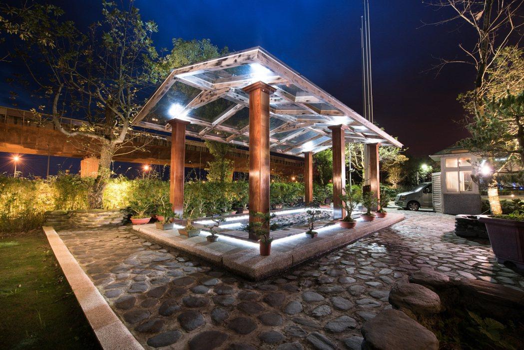館內還有各項休閒設施、兒童樂園及桑拿浴屋免費使用,春節與家人來場的愜意之旅,享受...